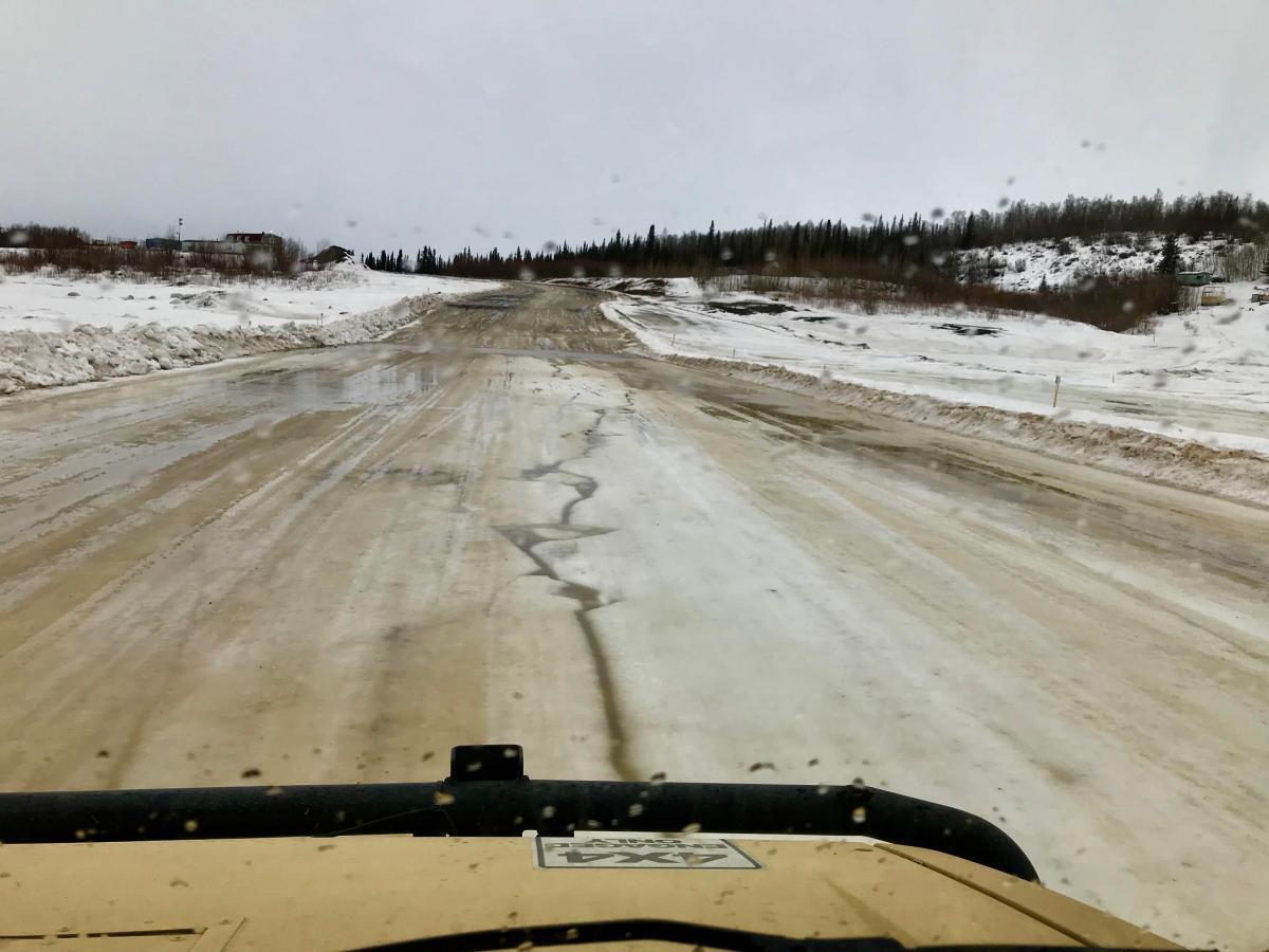 Dempster-Highway-IceCrossing-Arktis