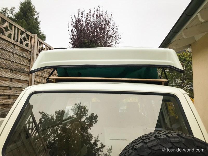 Die Installation des VW T3 Aufstelldach von hinten.