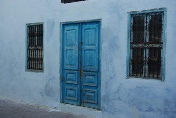 Porte bleue