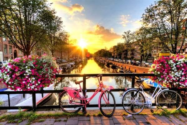 Світанки в Амстердамі