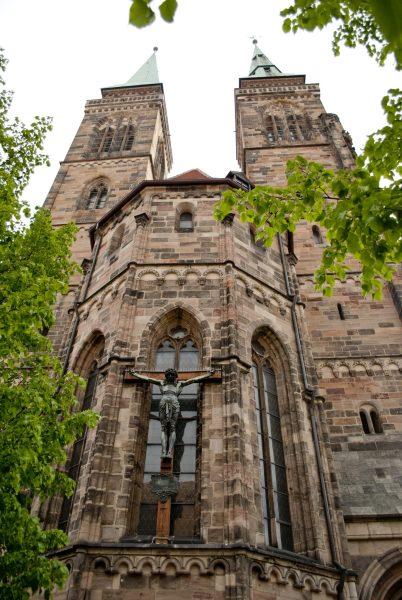 Нюрнберг достопримечательности Церковь Святого Себальда