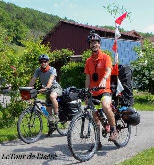 C'est le grand jour ! Départ de St Aupre à vélo ! Direction le Cirque de st même pour Charlie et Théophile !