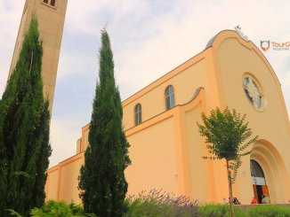 crkva-Catholic-Church-and-Franciscan-Monastery-in-Mostar