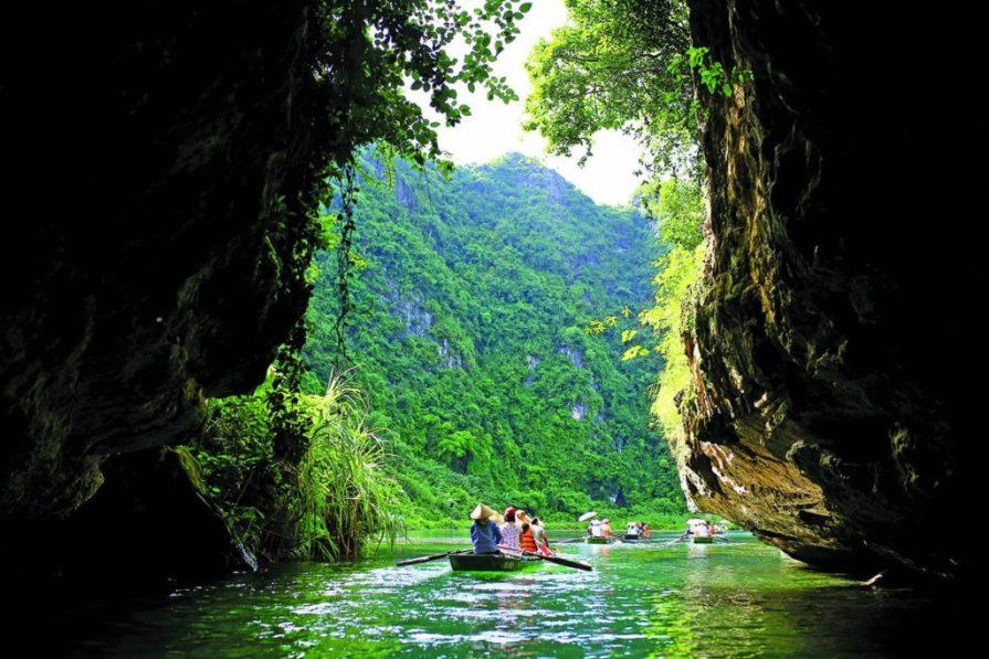 Trang an cave Ninh Binh 1024x683 Ninh Binh 8211 Pu Luong Tour 3 Days