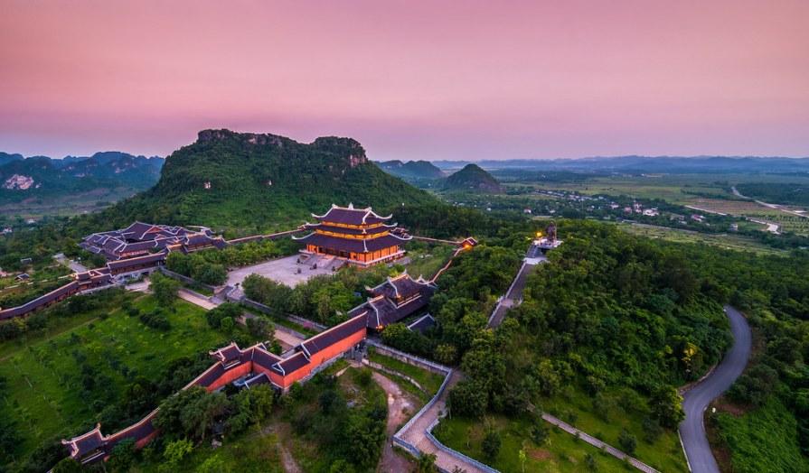 Bai dinh pagoda Things to do and see in Ninh Binh