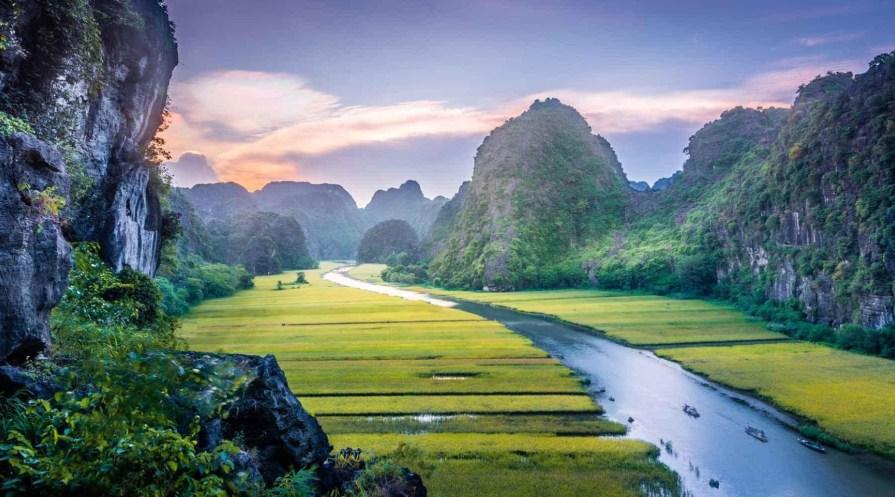 Ninh binh tam coc tour itinerary 1024x569 Hanoi Itinerary 7 Days one week Halong Bay 8211 Ninh Binh 8211 Sapa Tour