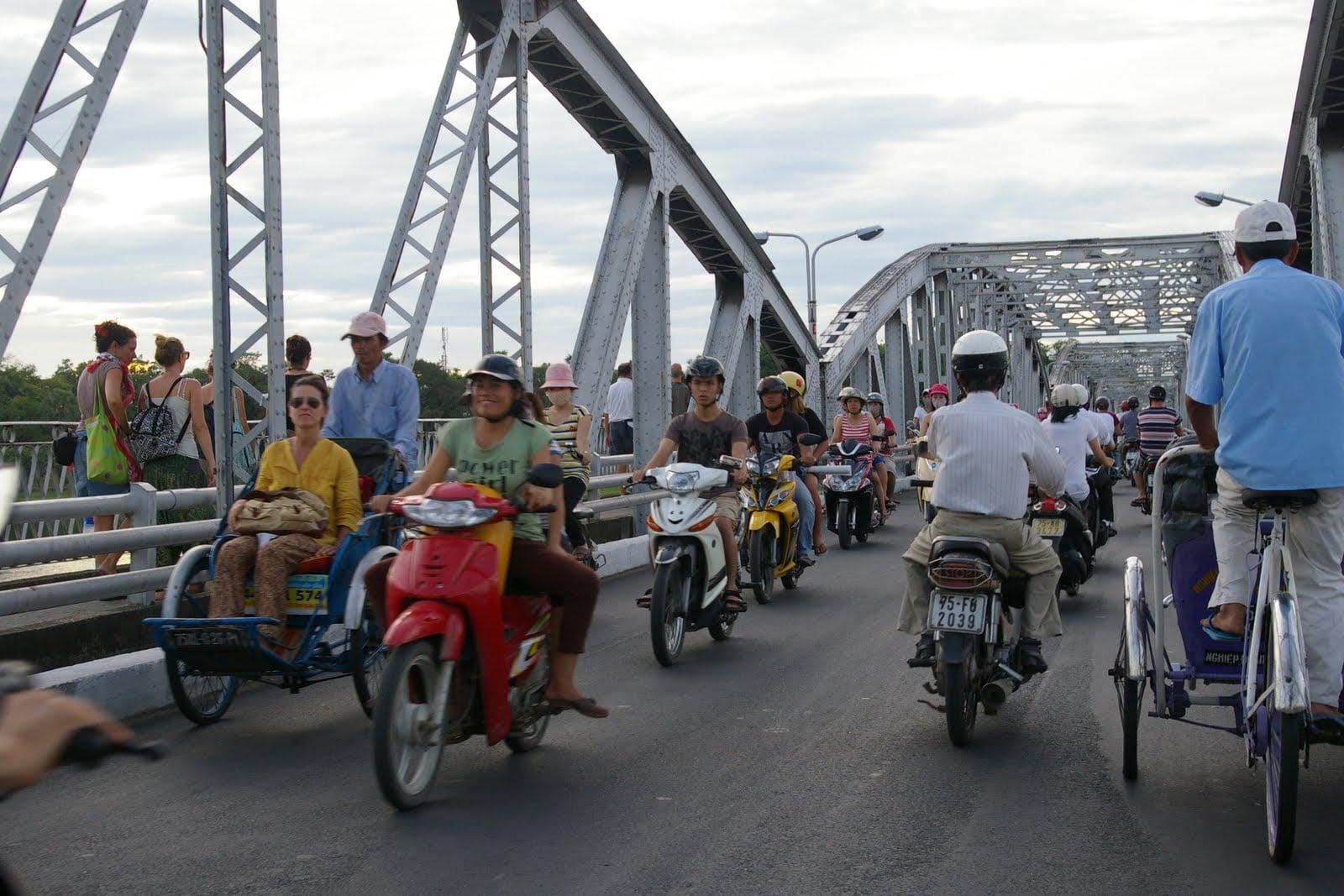 Hue cyclo tour Hoi an 038 Hue Day Tours
