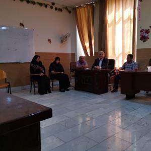 جلسه دپارتمان مدیریت هتل جهت تعیین برنامه علمی این بخش و تهیه مطالب مطالعه