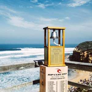 destination great ocean road - Bells Beach