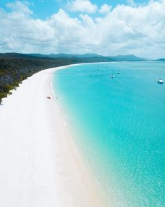 tourism-guide-australia-whitehaven-beach