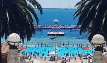 tourism-guide-Australia-eastern-beach-sea-baths-geelong