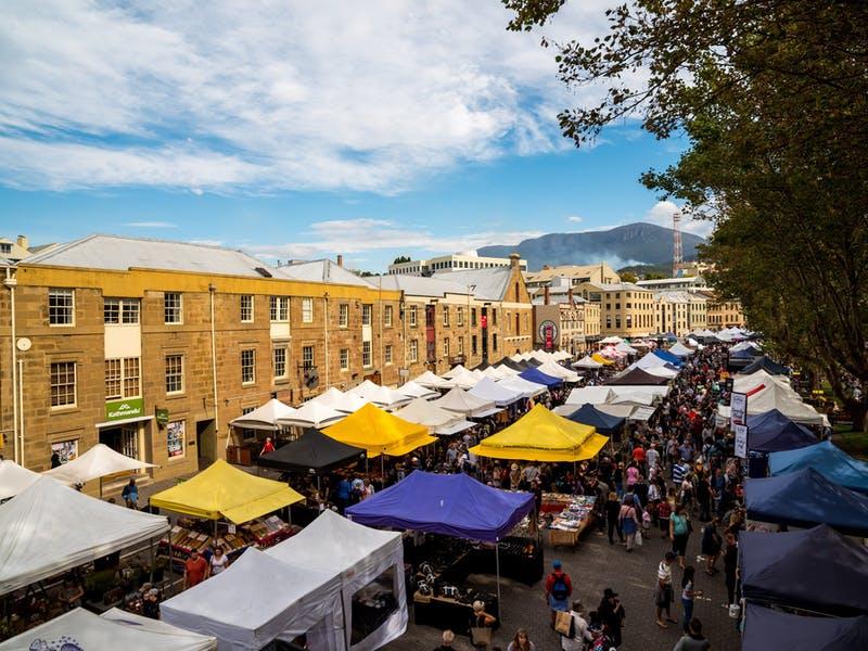 tourist-guide-Australia-Salamanca-market