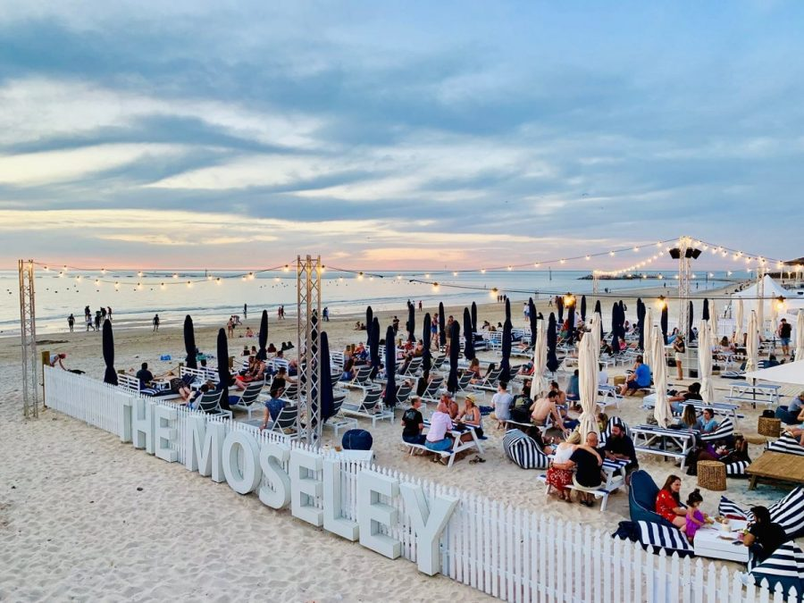 tourism-guide-australia-the-moseley-beach-club