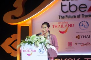 Thailand-boosts-its-image-as-global-bloggers_15Oct_1