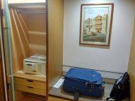 Country Inn & Suites Jaipur Room Entrance foyer