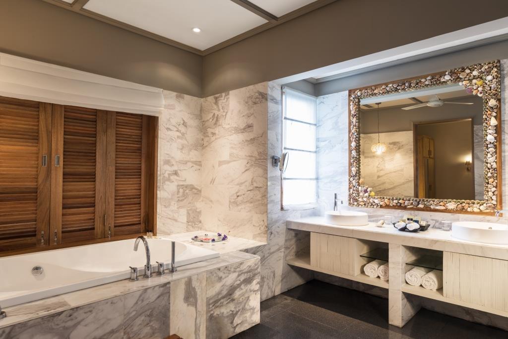 2 Bedroom Nirvana Presidential Suite with Pool Bathroom 2