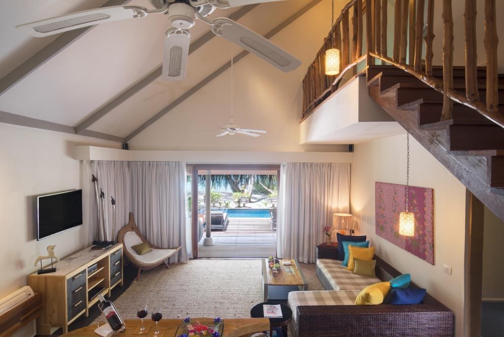 2 Bedroom Nirvana Suite with Pool Living Room 2 (1)
