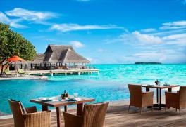 Poolside_Restaurant