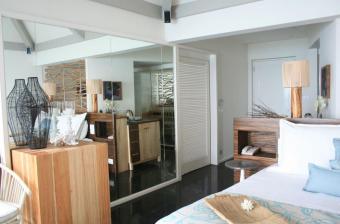 Premium Indulgence Water Villa Bedroom 2