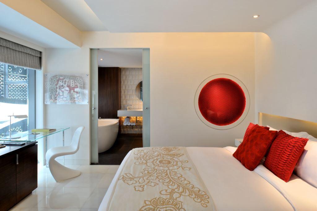 Room (2a)