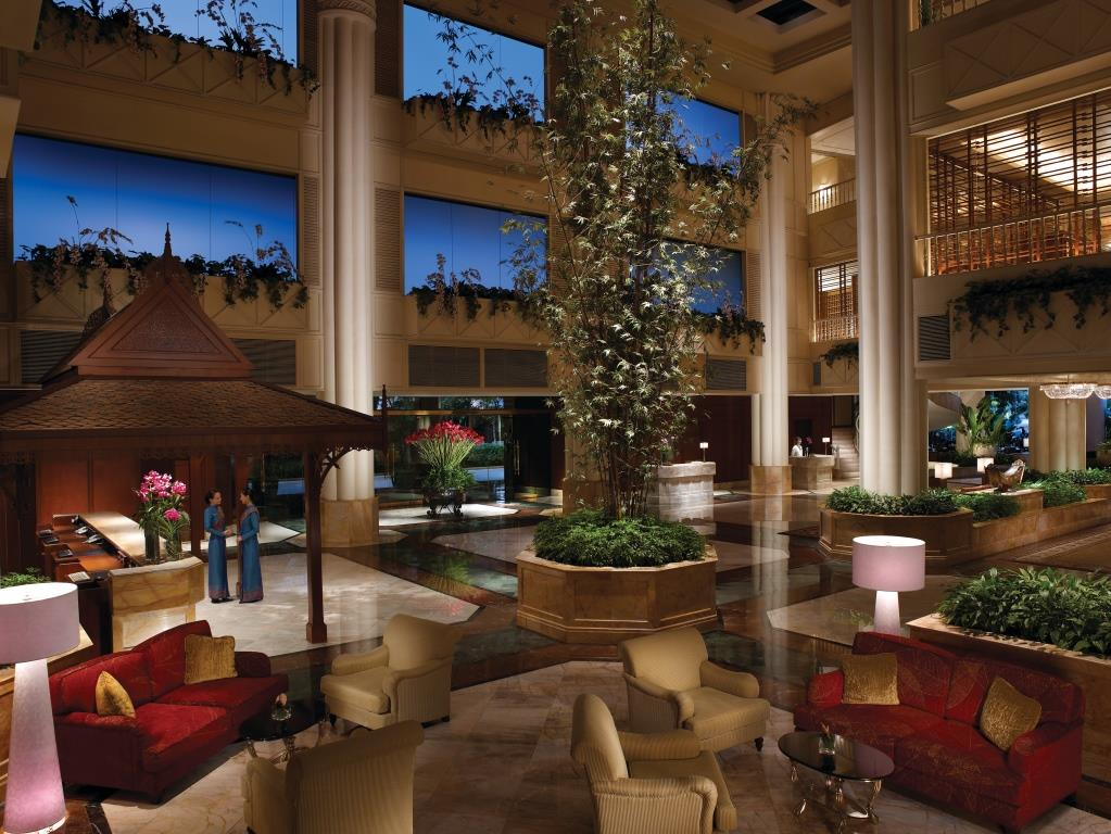 Krungthep Wing Lobby_Shangri-la Hotel, Bangkok (2)