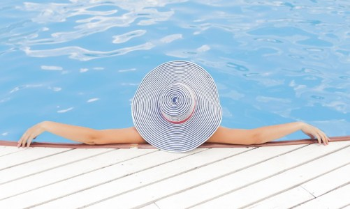 pixabay-woman-relaxing-pool