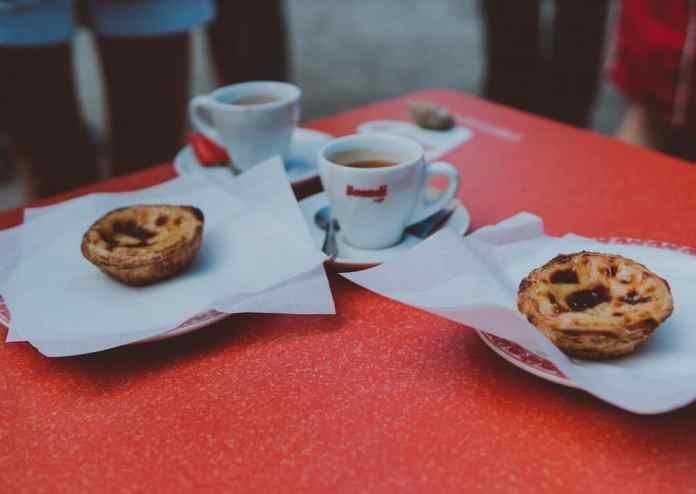 koffie en pastel de nata