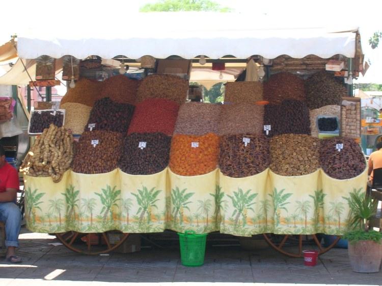 stand de fruits secs Marrakech