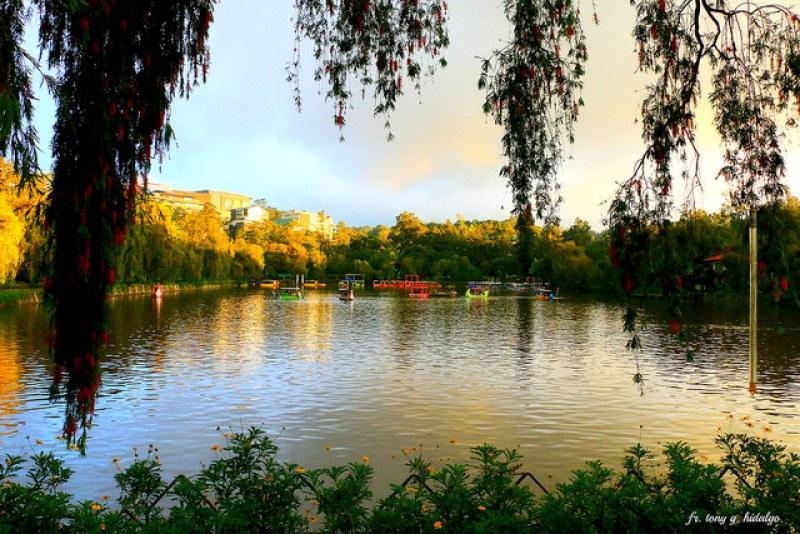 Tourist Spots in Baguio - Burnham Park Baguio