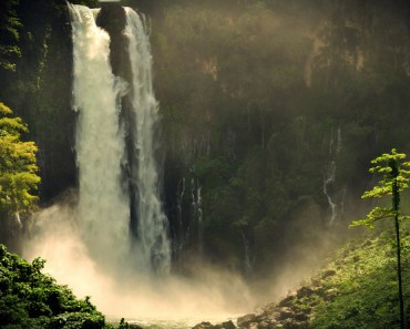 Top 10 Tourist Spots in Mindanao Maria Cristina Falls