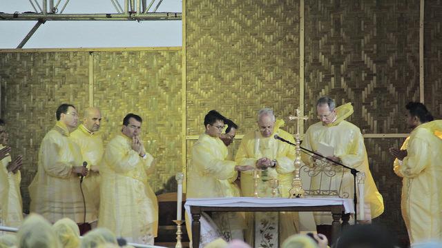 Pope Francis visits Daniel Z. Romualdez Airport (TAC)