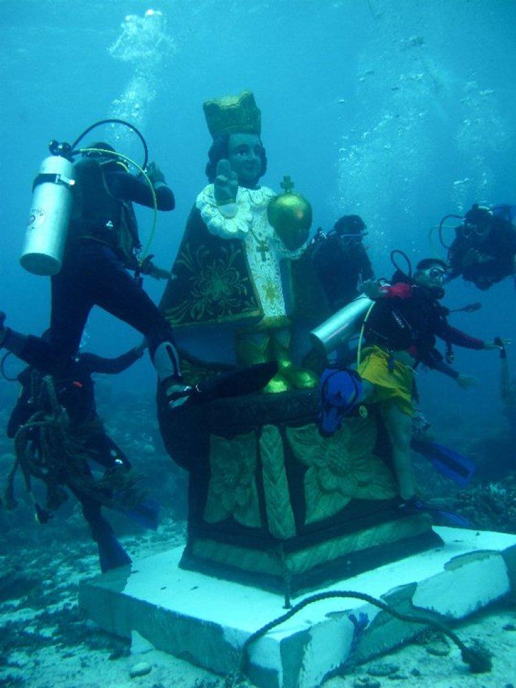 Underwater Santo Niño Bohol