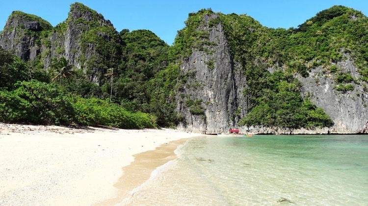 Tayak Beach Caramoan