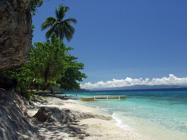 Tangkaan Beach