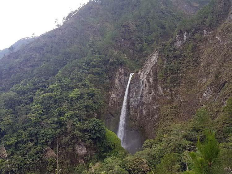Dumli-ing Falls