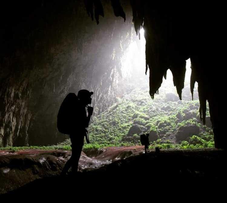 Langun-Gobingob Caves