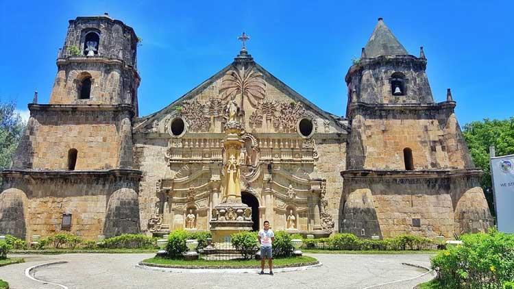 9. Santo Tomas de Villanueva Church