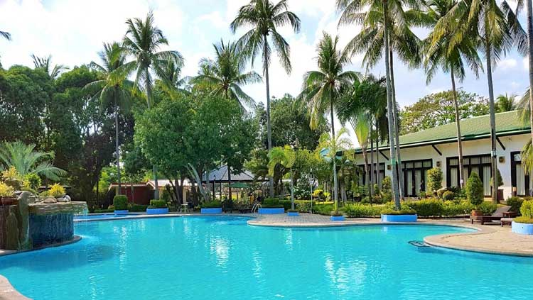 6. Batangas Country Club Resort