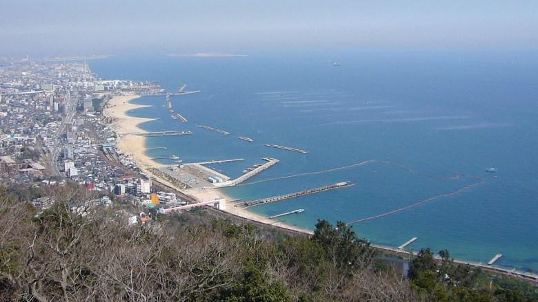 Pantai Suma Kobe Jepang