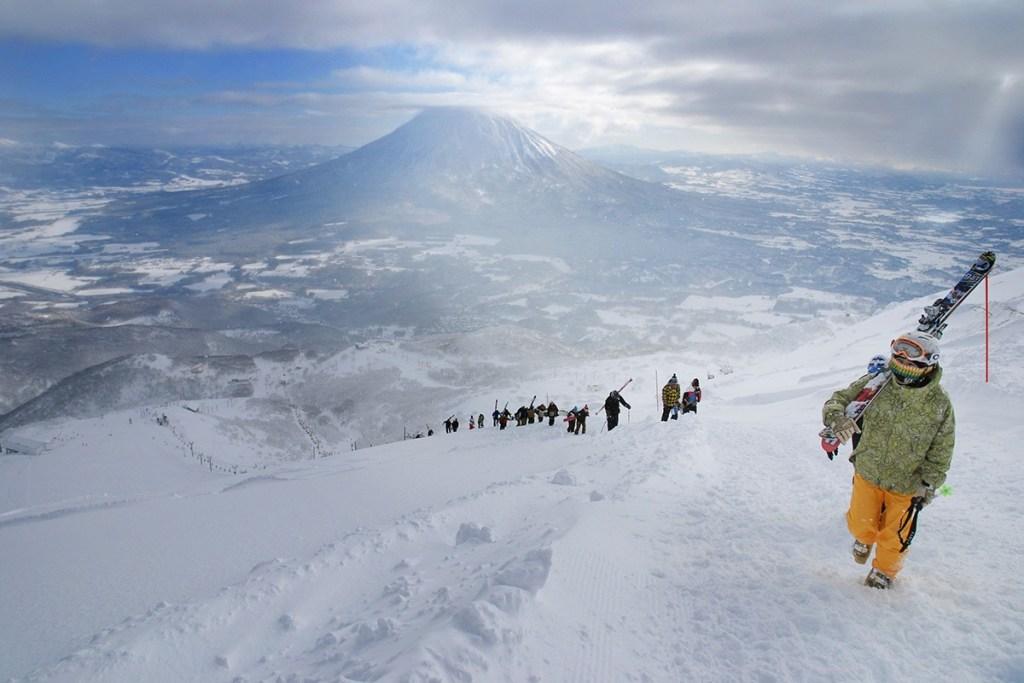 tempat ski niseko di hokkaido jepang