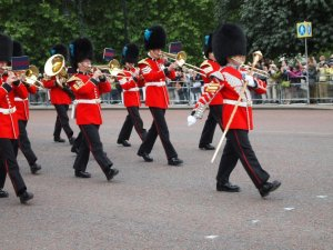 westminster walk and changing the guard at buckingham palace
