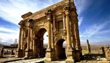 триумфальная арка тимгада