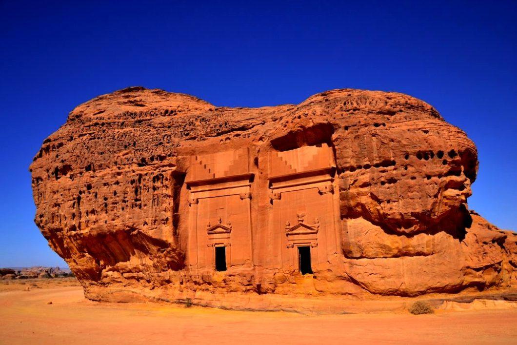 скальные рельефы мадаин-салих
