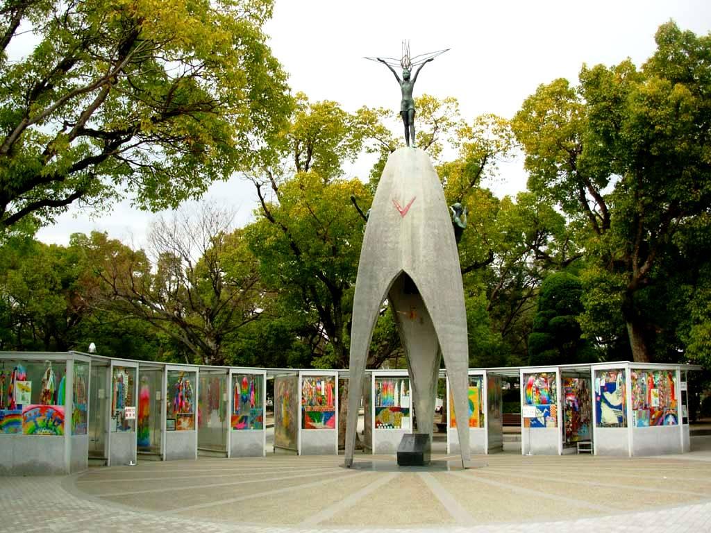 детский памятник хиросима