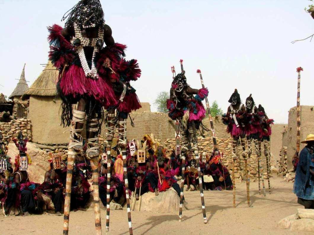 ритуальные танцы догонов