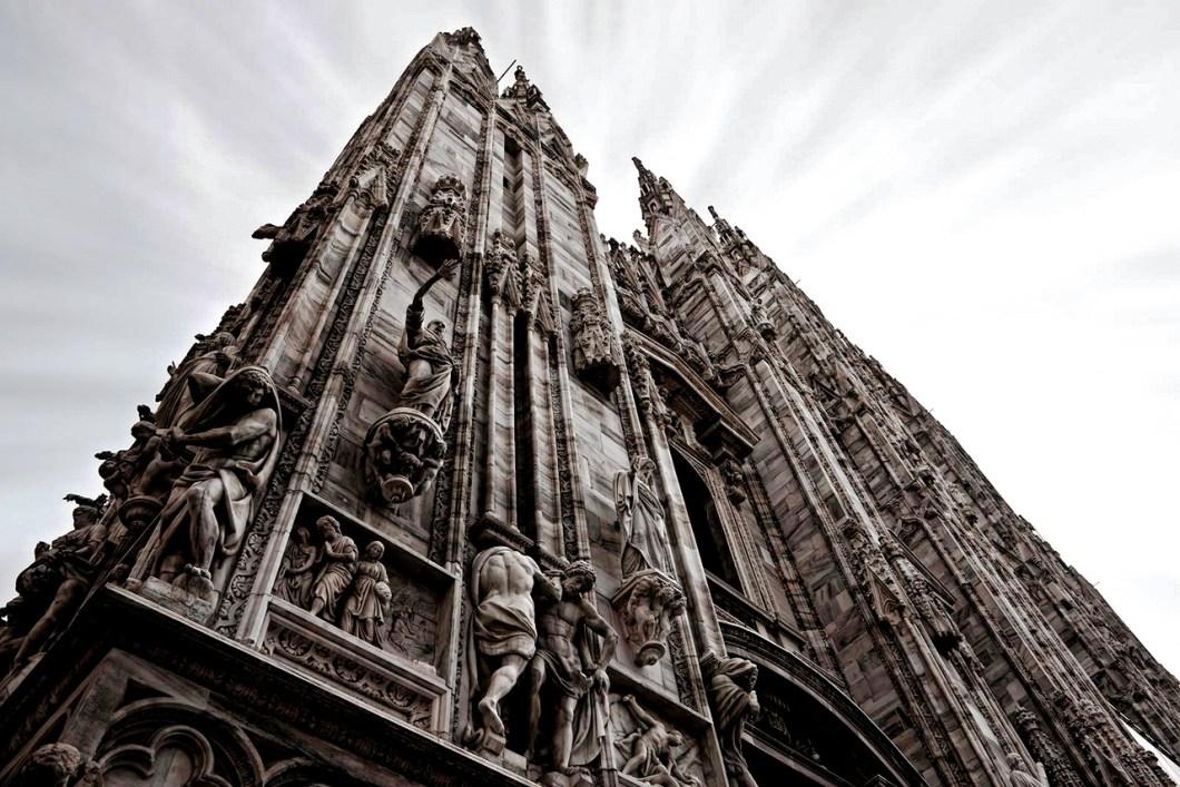 стены миланского собора
