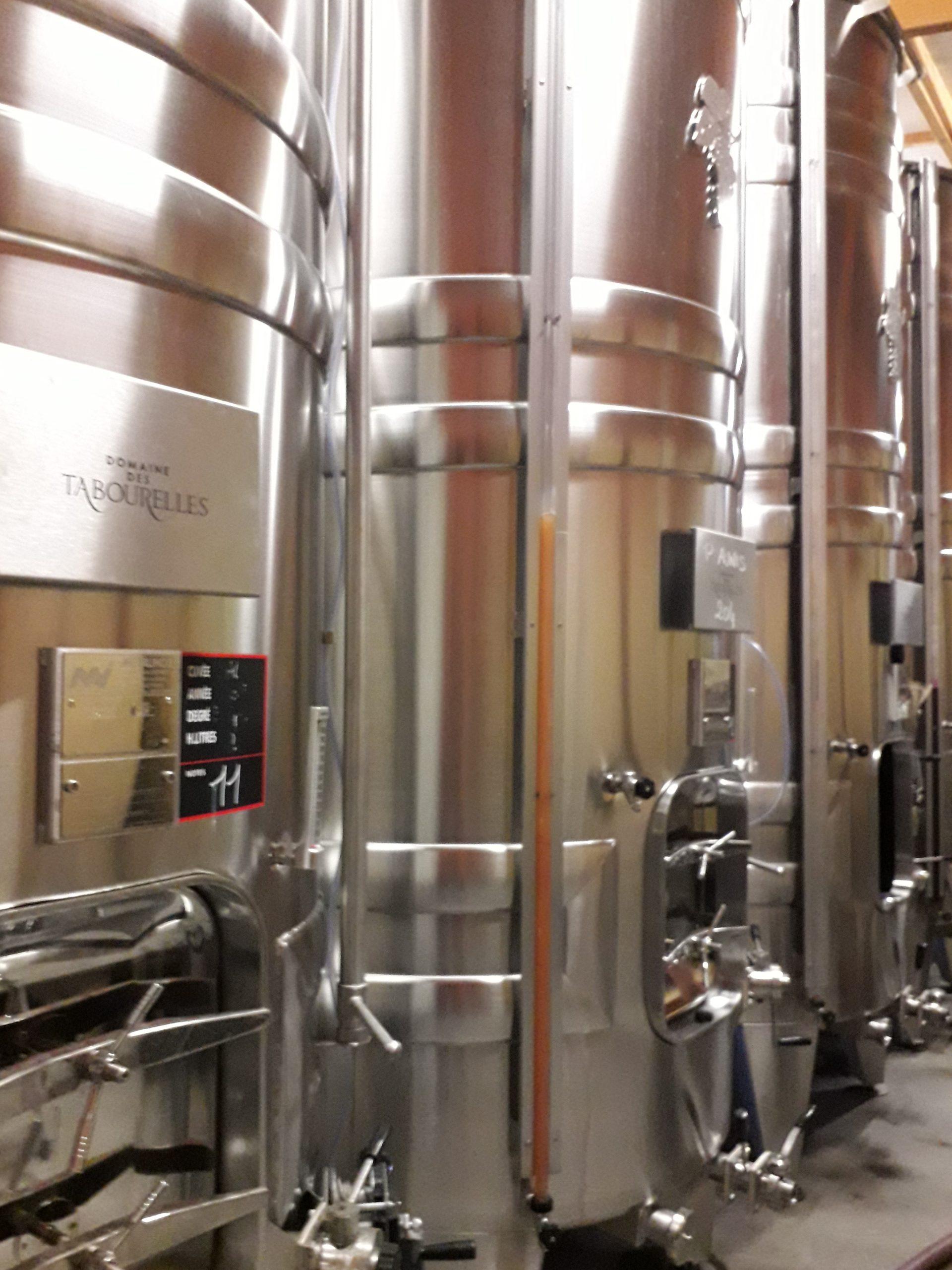 cuves vin bourré