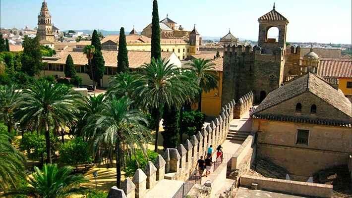 Tour Alcázar de los Reyes Cristianos con entradas - Yoorney by ...