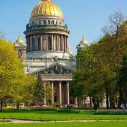 60583680-st-isaac-s-cathedral-saint-petersburg-sunny-day