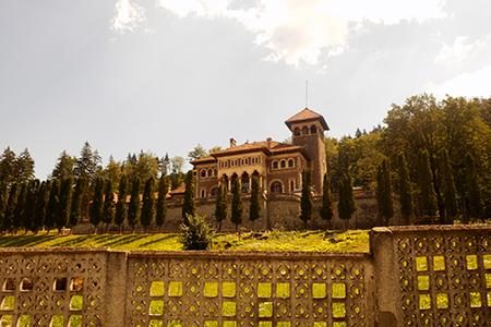 cantacuzino castle by Ștefan Jurcă